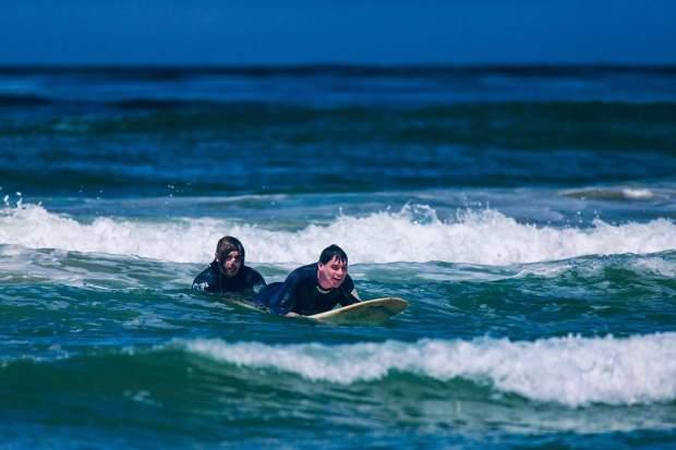 danny-surfing